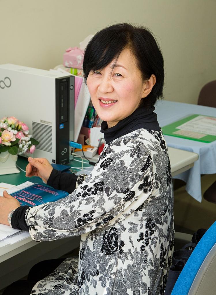 短期大学 福祉学科 地域介護福祉専攻 教授 松井 奈美